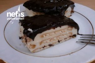 Çikolata Soslu Bisküvili Tavuk Göğsü Tarifi