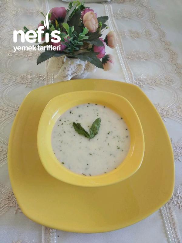 Yoğurt Çorbası