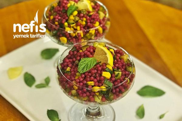 Gün Sofralarınızın Vazgeçilmezi Olacak Şalgamlı Kuskus Salatası Tarifi