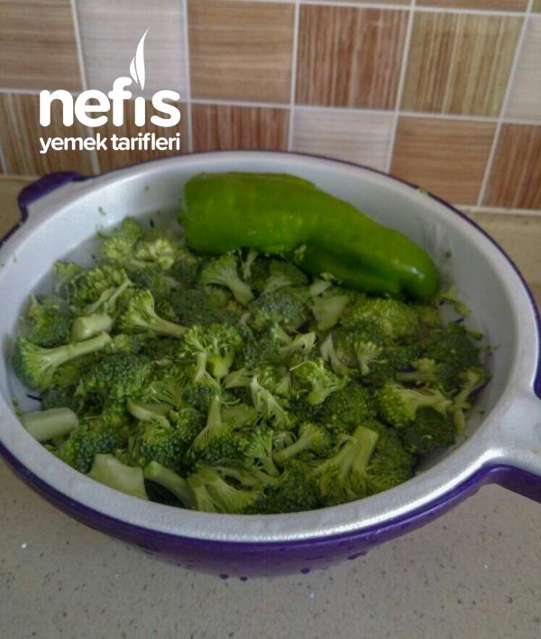 Patatesli Brokoli Yemeği