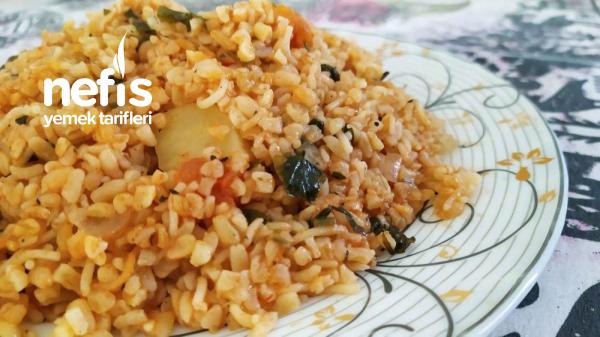 Zeytinyağlı Sebzeli Bulgur Pilavı (tadına Doyamayacaksniz)