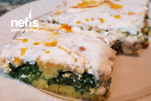 Momoroz Pitesi (Ispanaklı Mısır Unu Böreği)(Hamursuz Yufkasız Börek) Tarifi
