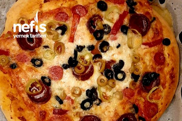 İtalyan Pizza Hamuru ile Türk İşi Pizza Tarifi