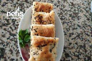 Sodalı Börek (Su Böreği Tadında) Tarifi