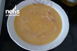 Arpa Şehriyeli Tavuk Suyu Çorbası Tarifi
