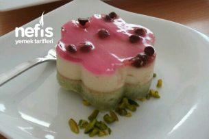 Muhallebili Yeşil Pasta Tarifi