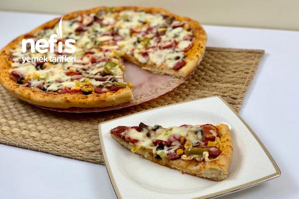 Orjinal Hamuruyla Pizza (Videolu) Tarifi