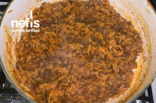 Bulgurlu Ve Şehriyeli Mercimek Yemeği Tarifi