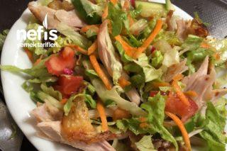 Yurtta Kalanlar İçin Diyet Salata Tarifi