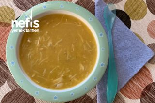 Bol Vitaminli Bebek İçin Sebzeli Tavuk Suyuna Şehriyeli Çorba (+1) Tarifi