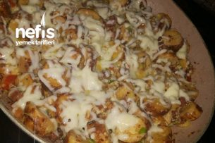 Simitli Pizza (Bayat Simitler Değerlensin) Tarifi