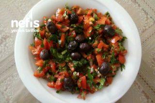 Domates Salatası ( Kahvaltılarınız Şenlensin , Ferahlasın) Tarifi