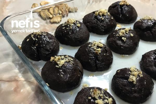 Damla Çikolatalı Islak Kurabiye Tarifi
