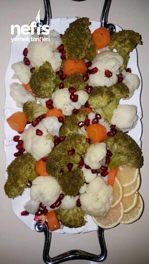 Narlı Brokoli Karnabahar Salatası