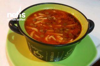 Sakala Çarpan Çorbası (Mercimekli Erişte) Tarifi