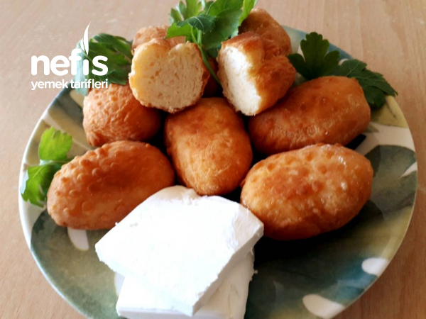 Tuzlu Kalburabastı (Kahvaltıya 15 dakikada pofuduk hamur kızartması).