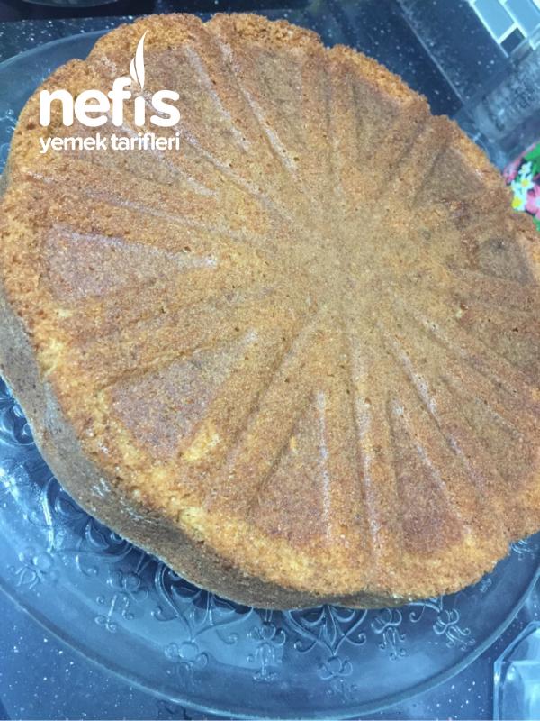 Bol Havuçlu Tarçınlı Cevizli Kek