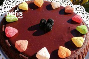Çikolatalı Pudingli Tart Kek Tarifi