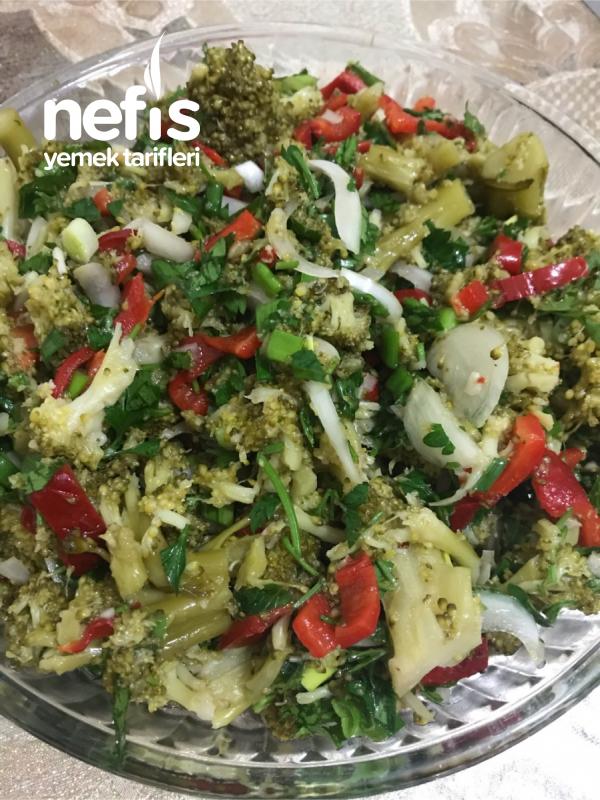 Sağlıklı Diyet Brokoli Salatası