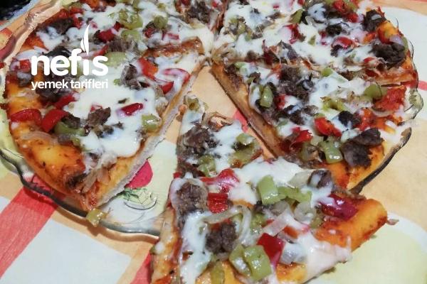 Alışılmışın Dışında Kavurmalı Pizza Tarifi
