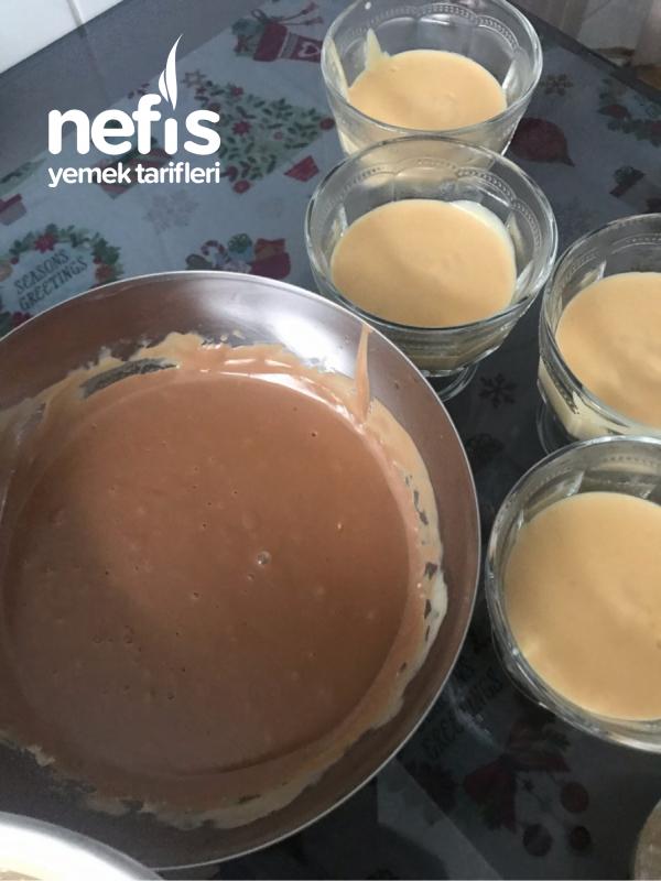 Karamelli Çikolatalı İki Renk Puding