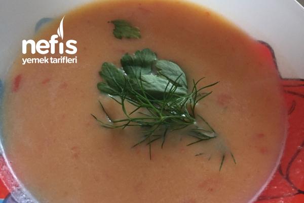 Bal Kabağı Çorbası ( Diyete Uygun Bağırsak Çalıştıran) Tarifi