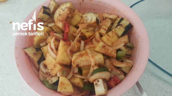 Fırında Sebze Yemeği (Diyet Yapanlar İçinde Uygundur)