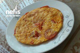 Domatesli Peynirli Omlet Tarifi