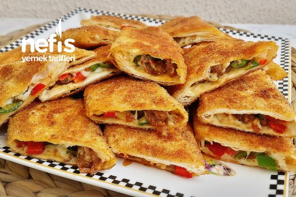 Pizza Tadında Tavada Börek
