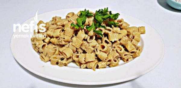 Yeniçeri Makarna Salatası