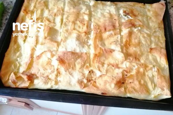 Yufkalı Tavuklu Börek Tarifi