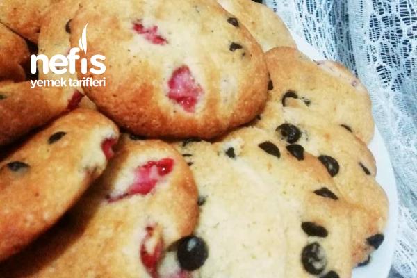 Çilekli Çikolatalı Cookies Tarifi