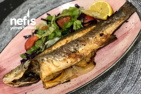 Fırında Levrek Balığı Tarifi (Videolu)