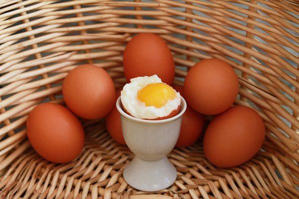 Yumurta Sarısının Hayrete Düşüren 10 Faydası Tarifi