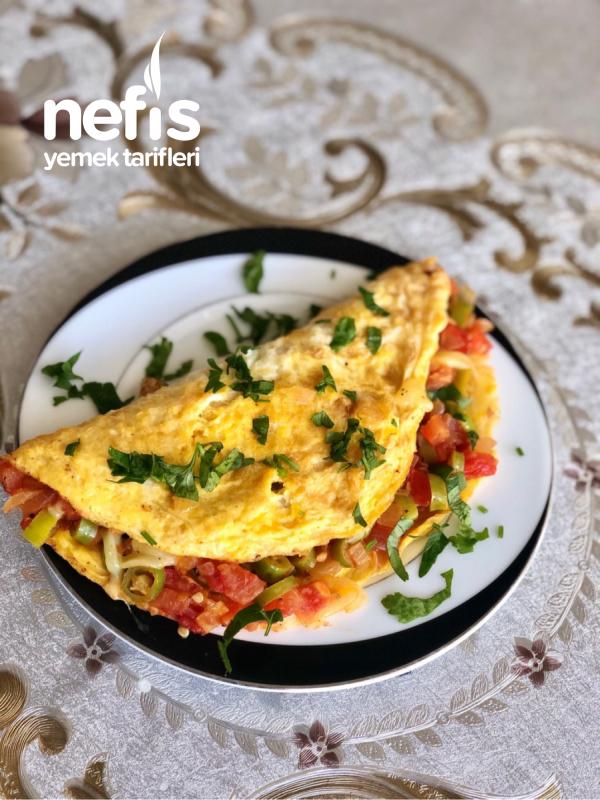 Omlet Görünümlü Menemen