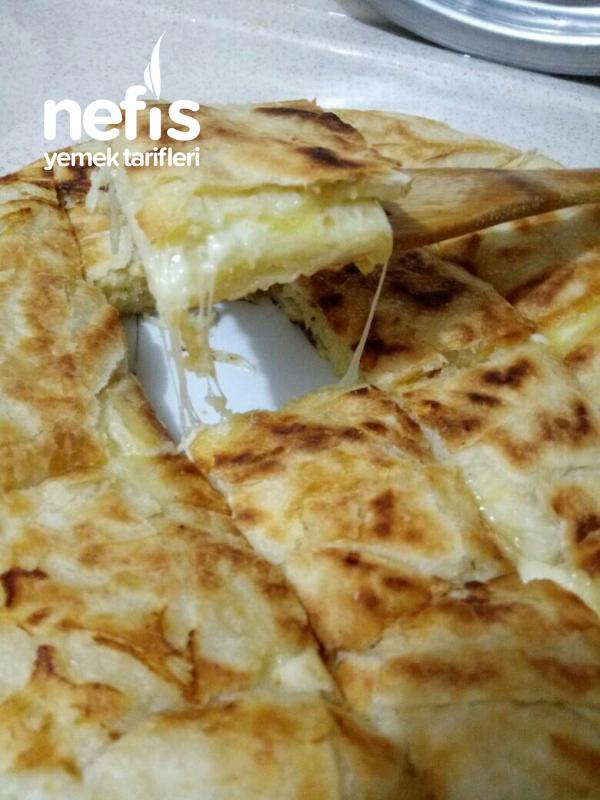 Pratik Tavada Peynirli Börek (Yumuşacık)