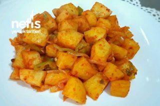 Salçalı Patates Kavurma İster Et Yemeklerinin Yanına İster Kahvaltıya