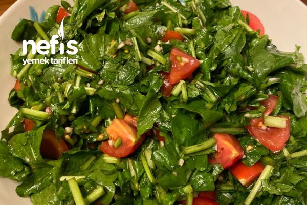 Sarımsaklı Roka Salatası Tarifi