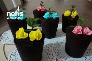 Kremalı Muzlu Çikolata Saksıları Tarifi