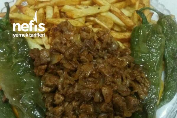 Patates Kızartmanın Yanına Soğanlı Et Sote