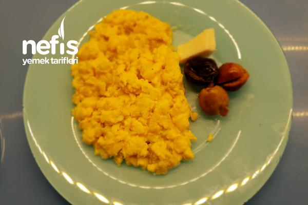 Bebekler İçin Buğdaylı Omlet (+1 Yaş) Tarifi