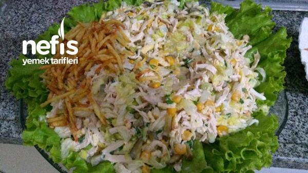 Çalı Tavuğu Yuvası Salatası (Gnezdo Gluharya) Rus Mutfağı