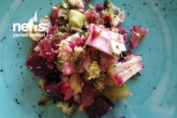 Turşulu Brokoli Pancar Salatası Tarifi