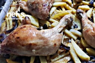 Fırında Tavuklu Çubuk Patates Tarifi