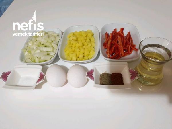 Kahvaltılık Patatesli Soğanlı Yumurta