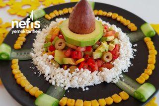 Avokado Sevdiren Sotelenmiş Avokado Salatası Tarifi