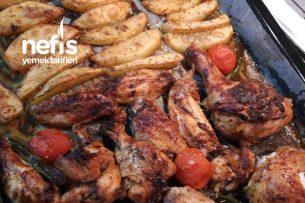 Ballı Sosuyla Hazır Piliç Tadında Tepside Tavuk Ve Patates Tarifi