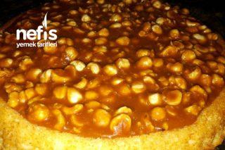 Snickers Kek ( Karamelli Fındıklı Kek)) Tarifi