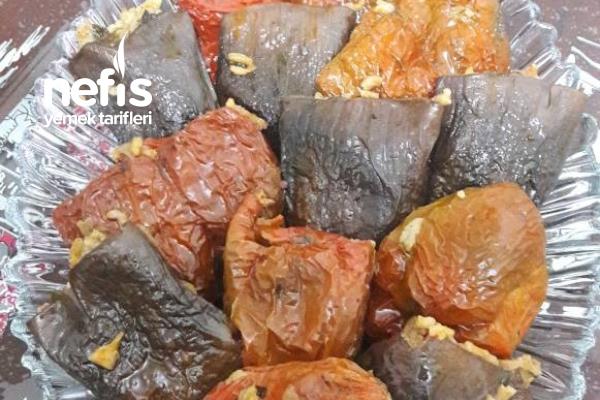 Ekşili Kuru Biber Patlıcan Dolması Tarifi