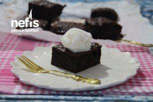 Frambuazlı Brownie (Videolu) Tarifi